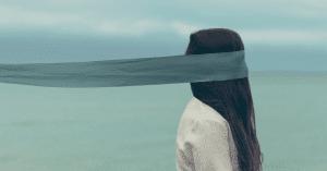 10 Glaubenssätze, die dein Essverhalten sabotieren.